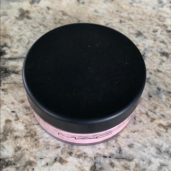 MAC Loose Beauty Powder in Tenderdusk